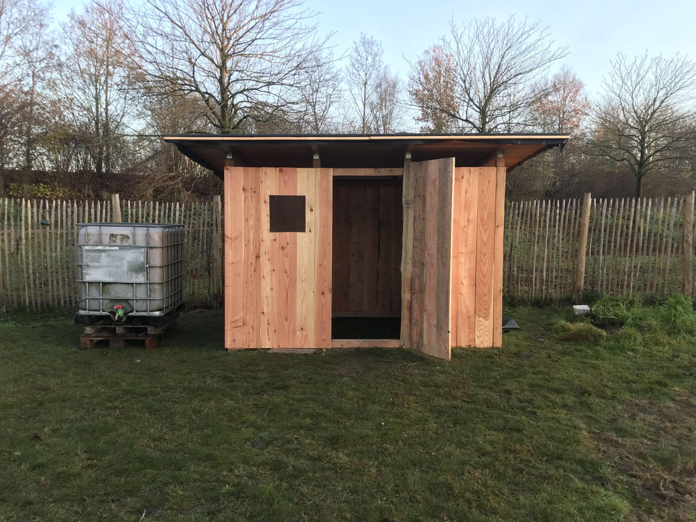 Neugebaute Hütte